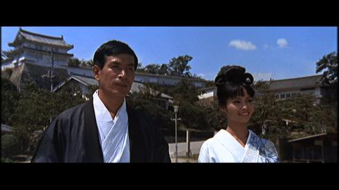 Tetsuro Tamba, Akiko Wakabayashi in YOU ONLY LIVE TWICE (1967)