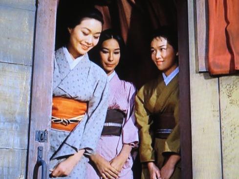 L-R: Nobu McCarthy as Haru, Joanne Miya as Kiku, Anita Loo as Yuki